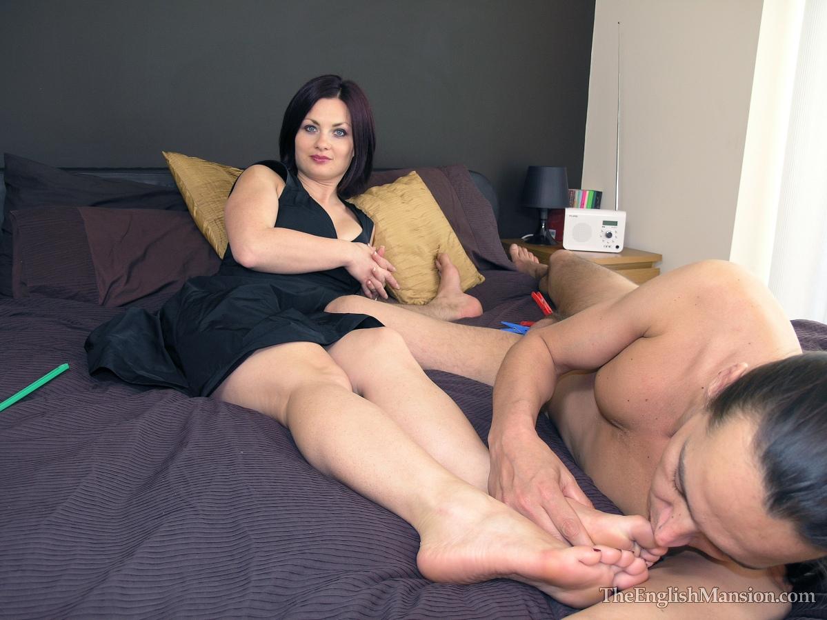 Секс русская молодая госпажа и ее рабы