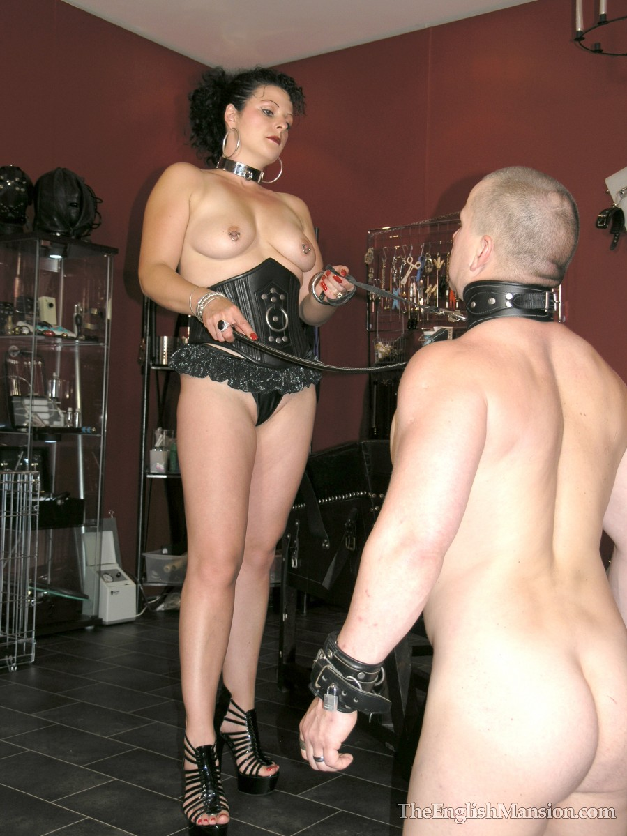 the english mansion home of mistress sidonia s femdom