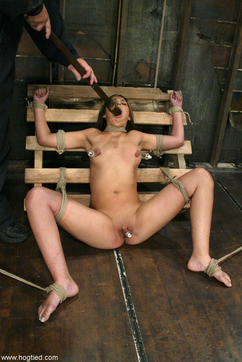 bdsm-lateks-porno