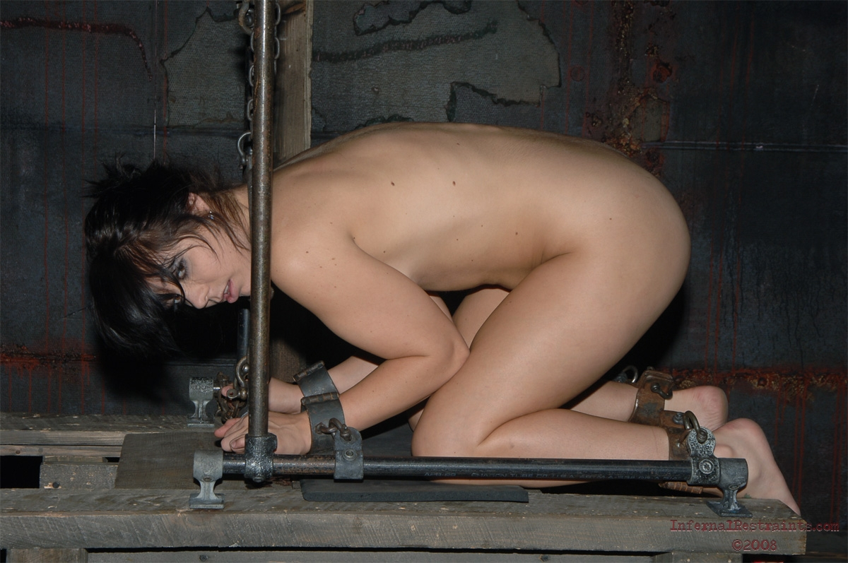 Gloryhole women alaura
