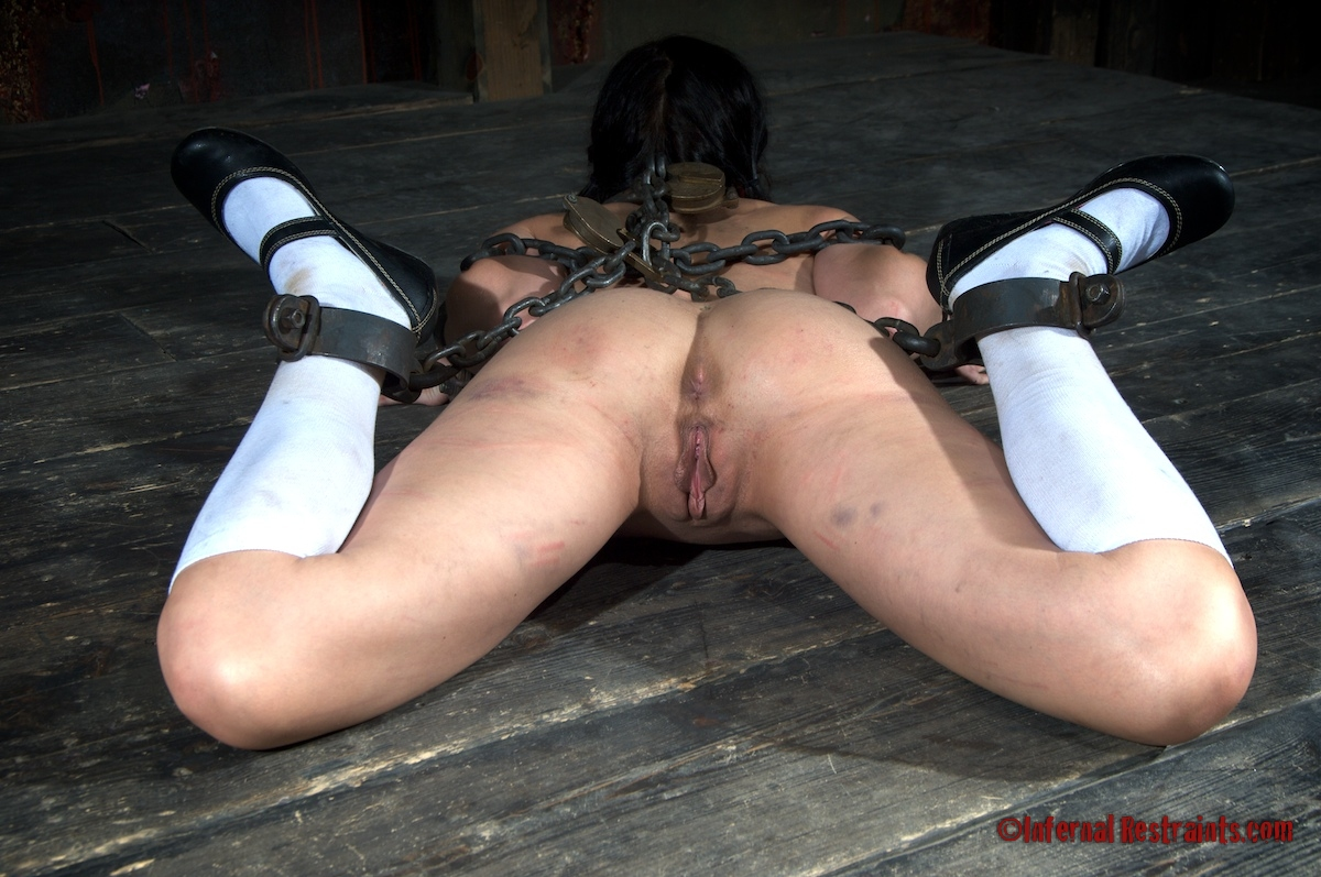 Bondage restraint devices