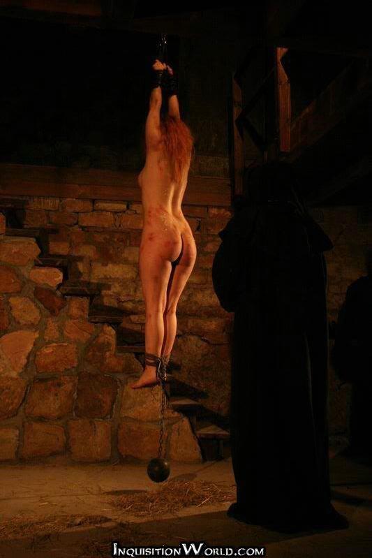 Accidental nudity caught