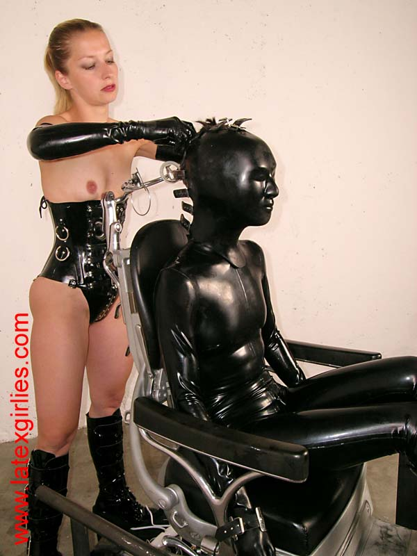 norsk cam bdsm latex